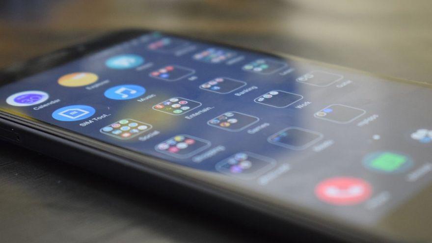 Lituania solicita a sus ciudadanos no emplear móviles chinos por miedo a ser espiados
