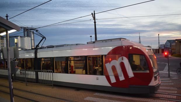 Horarios singulares del Metro y el tranvía de Valencia para las noches del viernes ocho y el sábado nueve de octubre